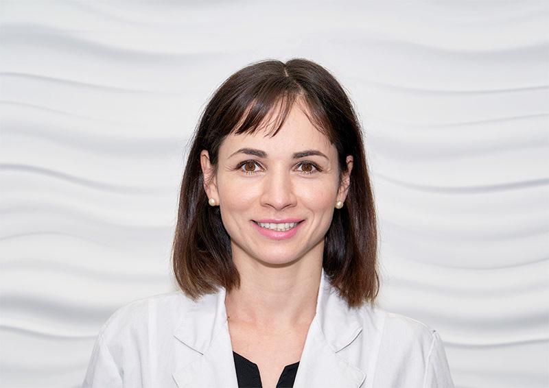 Dr Irina Skosireva toronto dentist